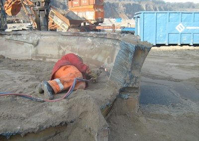 Tim Philpott Demolition 1 man scrap processing